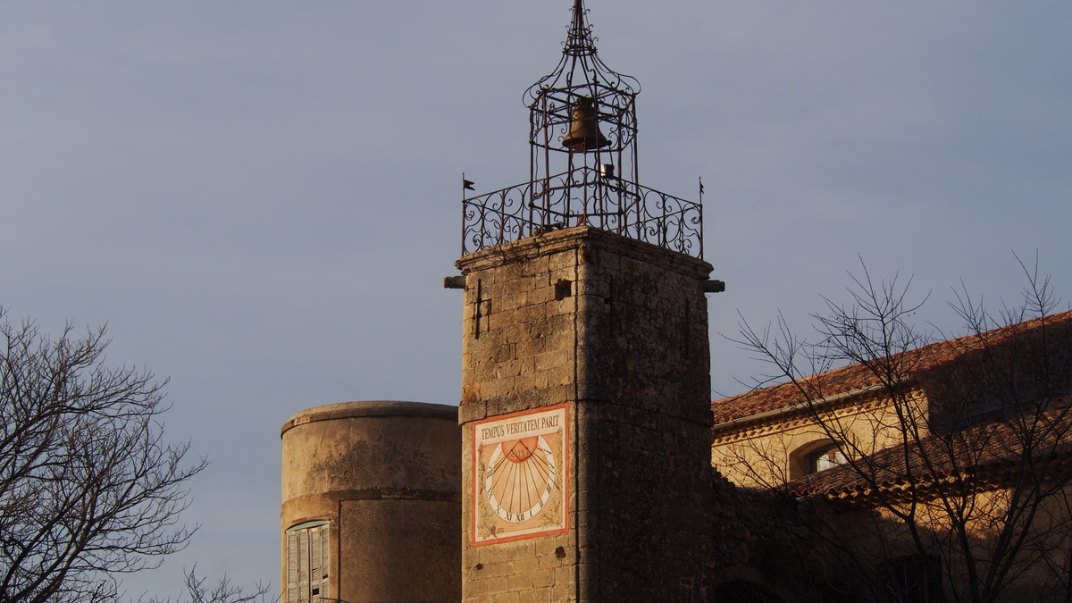 Grambois Village